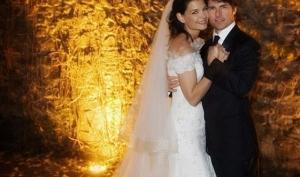 Почему Кэти Холмс и Том Круз разводятся