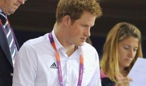 Скандал с фотографиями голого принца Гарри может стать ещё хуже