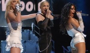 Бритни Спирс и Кристина Агилера споют вместе с Мадонной