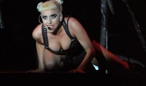 Без одежды слух: Леди Гага собралась записывать новый альбом голой