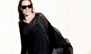 Болезни слух: Анджелина Джоли смертельно больна и нуждается в пересадке печени