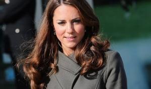 Кейт Миддлтон показала, как носить пальто милитари