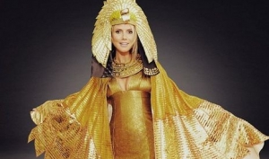 На Хэллоуин 2012 Хайди Клум станет Клеопатрой