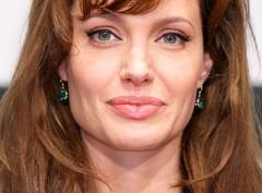 Анджелина Джоли в Твиттере!