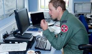 Личные фотографии принца Уильяма вызвали переполох на его работе