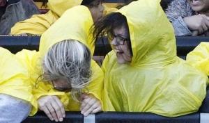 Новая песня Джастина Бибера Yellow Raincoat посвящена Селене Гомес
