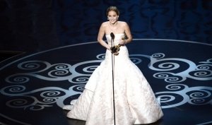 Лучшие наряды Оскара 2013