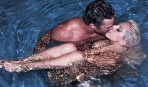 Свадьбы слух: Леди Гага выходит замуж летом