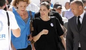 Анджелина Джоли откроет школу в Афганистане