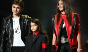 Дети Майкла Джексона восстанавливают Neverland
