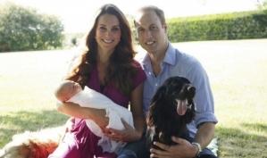 Первые официальные фотографии сына принца Уильяма сделаны отцом Кейт Миддлтон