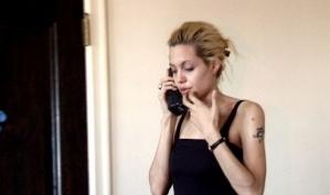 Анджелина Джоли подаёт в суд на британскую газету