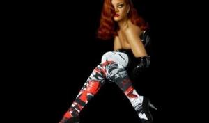 Рианна стала лицом дизайнерских носков