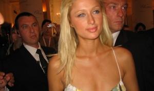 Пэрис Хилтон подала ответный иск против Hairtech International
