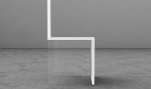 Прозрачный стул - для гостей с крепкими нервами