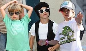 8-летний Ромео Бекхэм становится иконой моды