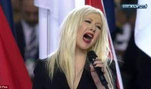Кристина Агилера неправильно спела гимн Америки