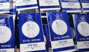 Пакетики для тех, кого уже тошнит от королевской свадьбы