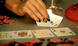 Женщины тоже играют в покер