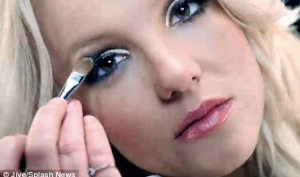 Бритни Спирс заработала полмиллиона долларов на видео Hold It Against Me