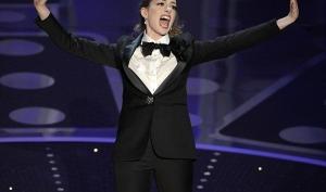 Энн Хэтэуэй сменила 8 нарядов за одну церемонию Оскар