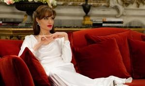 Анджелина Джоли делает женщин несчастными