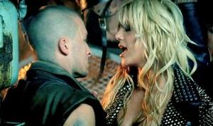 В клипе Till The World Ends использовался двойник Бритни Спирс