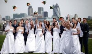 Двойники принца Уильяма и Кейт Миддлтон провели свою королевскую свадьбу