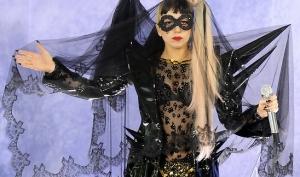 Леди Гага едва не стала банкротом