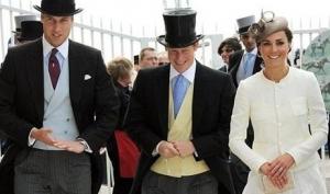 Королевская семья побывала на скачках Дерби