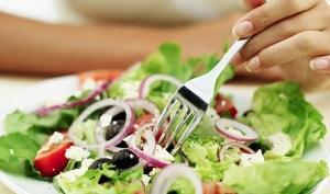 Опасности свежих салатов