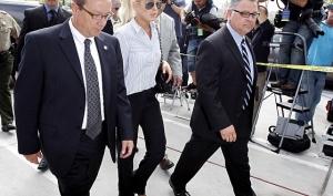 Линдси Лохан в суде приказали не делать глупости
