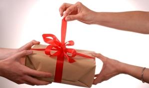 Необычные подарки для неё и для него