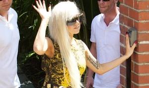 Леди Гага шокировала жителей Лос-Анджелеса нормальной одеждой