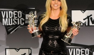 Победители MTV Video Music Awards 2011