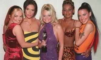 Воссоединение Spice Girls откладывается на год