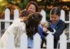 Принц Уильям и Кейт Миддлтон привели детей на семейный праздник в Канаде
