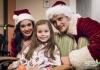 Кэти Перри и Орландо Блум в образе Санты и миссис Клаус посетили детскую больницу