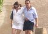 Николя Саркози и Карла Бруни показали животики